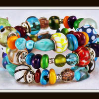 Bright and Colorful Memory Wire Bracelet. Statement Jewelry. Murano Glass.