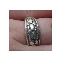 Luck spells. Vintage Estate Ring bound by Annika and Coven