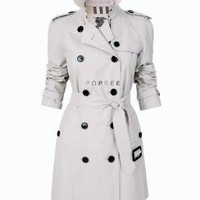Burberry SHORT DOUBLE BREASTED COTTON RAINCOAT - Iconic Trenches