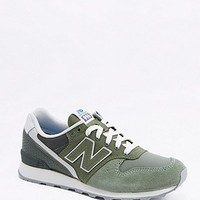 New Balance 996 Green Trainers - Urban Outfitters