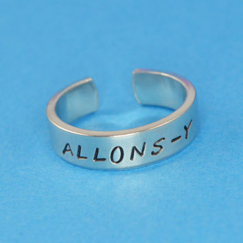 Allons-y Ring
