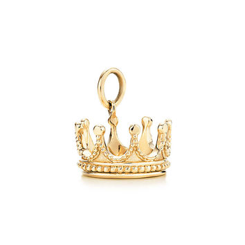 Tiffany & Co. - Crown charm in 18k gold.