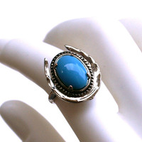 Vintage Turquoise Glass Adjustable Horse Shoe Ring in Silver Tone