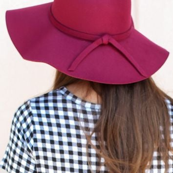 City Girl Floppy Hat – Burgundy