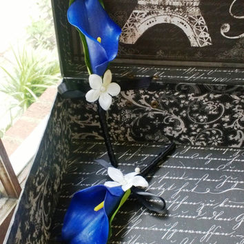 Boutonniere Set Real Touch Royal Blue Calla Lily, Royal Blue Boutonniere, Horizon Blue Boutonniere, Blue Groomsmen Flowers Blue Mens