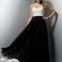 A-line Sweetheart Chiffon Floor-length Bridesmaid Dress With Pleating at Dresseshop