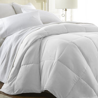 Home Collection™ Luxury Over Filled Down Fiber Comforter in Full/Queen White