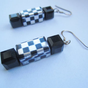 Black and Silvercolor Chess Board Earrings