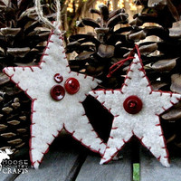Felt Christmas Star Ornament, gift tag, primitive, oatmeal burgundy, buttons, hand stitched, rustic , shabby chic, cozy, country christmas