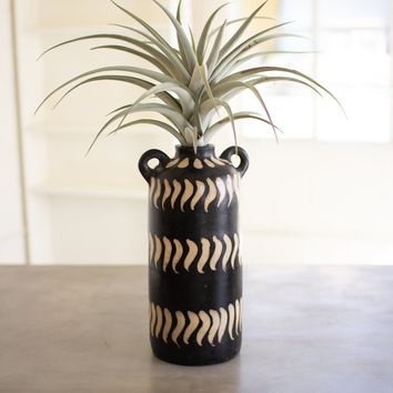 Black And White Clay Lenca Vessel With Handles