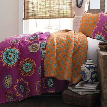 Full / Queen Fushia Pink Orange Blue Paisley Geometric 100% Cotton 3 Piece Quilt Coverlet Bedspread Set