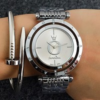 Pandora Popular Woman Men Simple Quartz Movement Wristwatch Couple Watch Silvery