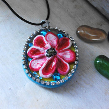 Pendant-flower zircon Blue and red polymer clay, Customize my own, Ready to ship, Gift for her, Gift for women, mom, girlfriend, wife, ooak