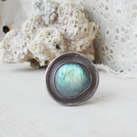 Abstract oxidized sterling silver labradorite ring, soft blue green flash, bezel set freeform stone cabachon, wide earthy bark textured band