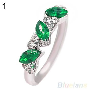 Women's Fashion Grace Vintage Emerald Rhinestone Finger Jewelry Ring