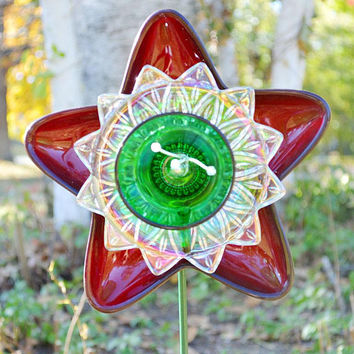 Christmas Colors, Holiday Flower, Red Green Star, Winter Flower, Outdoor Decor, Yard Art, Garden Decor, Hostess Gift, 2.5 Foot Holiday Gift