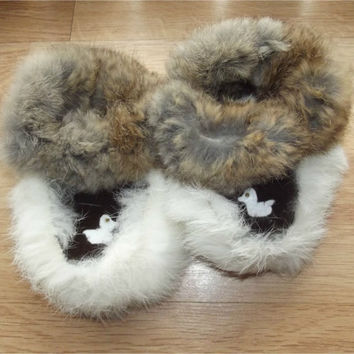 Vintage Baby Booties | Baby Moccasins | Rabbit Fur & Suede Infant Mukluks | Felt Duck Crib Shoes | Slippers | Brown White | Size 5
