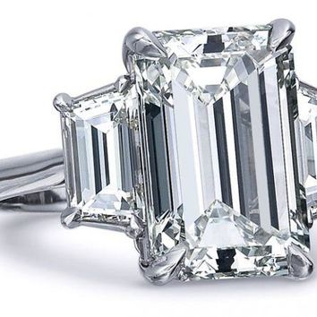 18K White Gold 3CT Emerald Cut Moissanite Diamond Solitaire Engagement Ring
