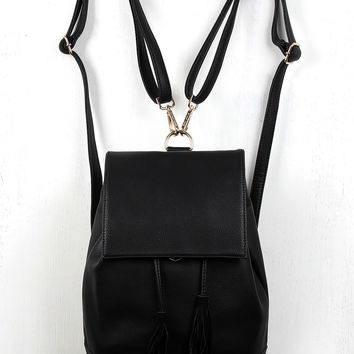 Vegan Leather Flap Bucket Backpack