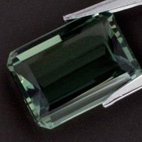 Green Amethyst: 23.42ct Emerald Shape Gemstone