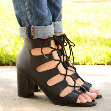 Lace Up Caged Chunky Heels In Black – Chica's Shoetique