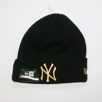 da721365030 New Era MLB New York Yankees Black Sideline Beanie Wooly Winter Warm Fitted  Hat