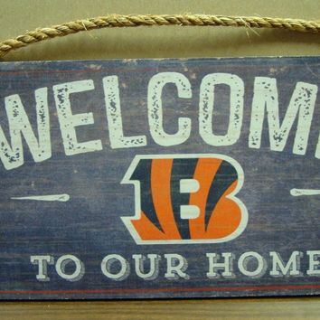 "CINCINNATI BENGALS WELCOME TO OUR HOME RUSTIC 12""X6"" WOOD SIGN NEW FAN CREATIONS"