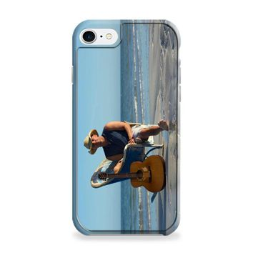 Kenny Chesney (beach chair) iPhone 7 | iPhone 7 Plus Case