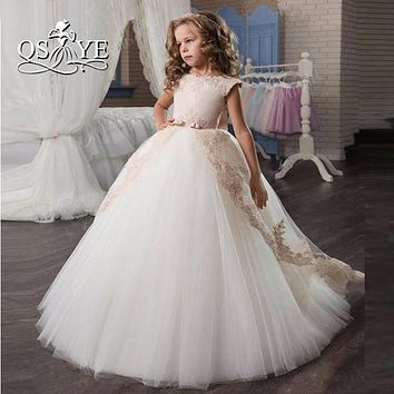 2017 New Pink and White Flower Girl Dress for Weddings with Train Appliques Tulle Bow Sash First Communion Dress Prom Gowns