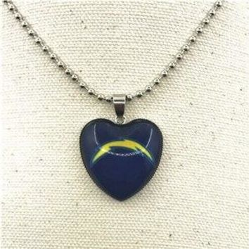 10pcs/lot USA San Diego Chargers Heart Necklace Pendant Jewelry With Chains Necklace DIY Jewelry Football Sports Charms