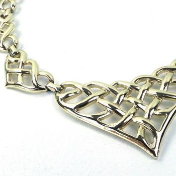vintage 80s 90s bib necklace heart metalwork heavy gold metal choker women accessories jewelry cut out oversize kitsch woven link shape big