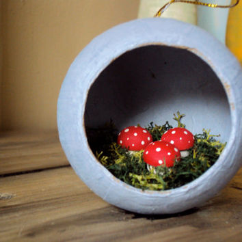 Mossy Mushroom Ornament - Woodland Christmas Decor - Diorama Art - Rustic Fairy Toadstool - Moss Nature Decoration