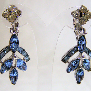 Coro Pale Blue Dangling Earrings, Crystal Rhinestone, Bridal Jewelry, Silver Tone Clip On Style,  Mid Century Vintage, Special Occasion 517