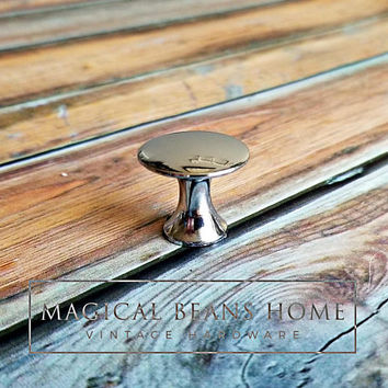 Industrial Furniture Knobs Modern Dresser Knobs Mushroom Style Chrome Decorative Knobs Vintage Silver Drawer Pulls Dresser Hardware