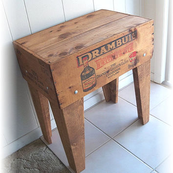 Shipping Crate TABLE  DRAMBUIE Liqueur Co Ltd by MrsRekamepip