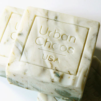 Oatmeal Soap - Sunflower Oil & French Green Clay for Sensitive Skin and Dry Skin, Unscented Soap, Cold Process Soap, Homemade Vegan Soap