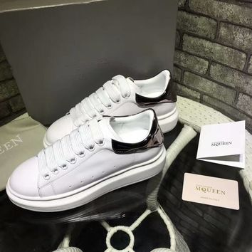 Alexander McQueen men and women with the same paragraph fashion casual sports shoes sports shoes