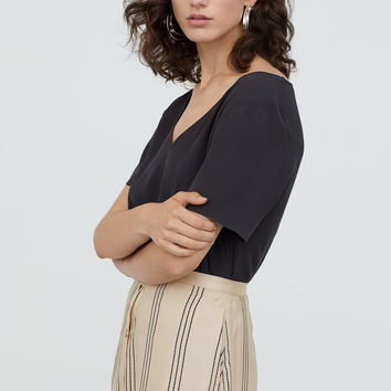 H&M Short-sleeved Viscose Blouse $14.99