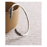 Geranium Burnish Silver Double Leaf Bangle