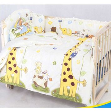Cotton Baby Bedding Set with Comfortable Crib Bumper, pillow case and mattress cover