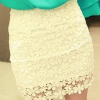 Temptation  your eyes — White High Waisted Lace Mini Skirt