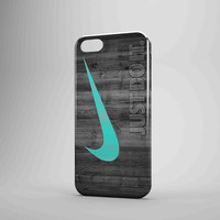 Nike Mint Just Do It Wooden iPhone 5 Case