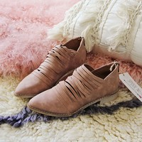 Sky Valley Booties in Rose