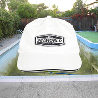 90s Sea World white minimalist hat / black and white / minimal / vintage 1990s / vaporwave / basic / baseball cap / grunge