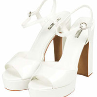 LUTHER SKINNY SANDALS