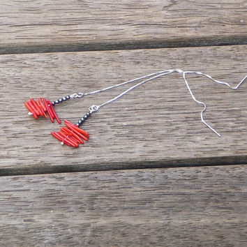 Micro thread earrings Pyrite red coral Silver 925 Modern minimal classic Bohemian hippie tribal chic Indie design jewelry Black red dangle