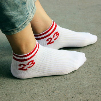 Sports Winter Cotton Stripes Korean Socks [9259042948]
