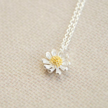 Necklace-925 Sterling Silver necklace,little daisy necklace,gold stamen daisy necklace