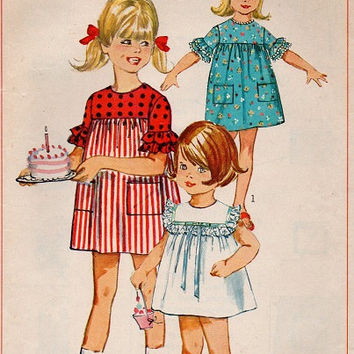Retro Girls Dress 1960s Simplicity Sewing Pattern Ruffle Neck Pullover Party Play Dress Toddler Size 3