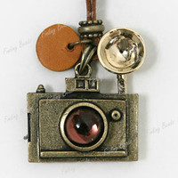 Retro Vintage Style Antique Bronze Camera Pendant 90cm Long Necklace Wholesale
